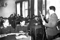Unterricht in Uniform: An der Stasi-Hochschule in Golm war manches seltsam. Foto: MfS/HA