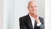 Dr. Dietmar Woidke in Denkerpose