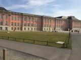 Der Landtag. Hier haben Platzeck und sein Mitarbeiter je ein Büro. Foto: pfdm