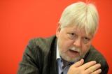 Justizminister Helmuth Markov in der Kritik Foto: dpa